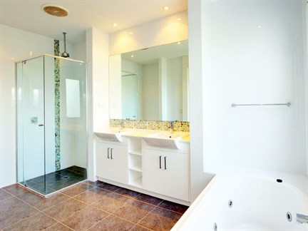 Gold Coast Bathroom Cleaning